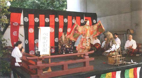 雉子神社例大祭奉納行事の様子
