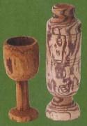 コタラヒムブツの幹で作られたコップ
