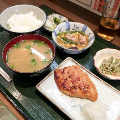 五反田焼鳥おかめのカジキ味噌漬け定食