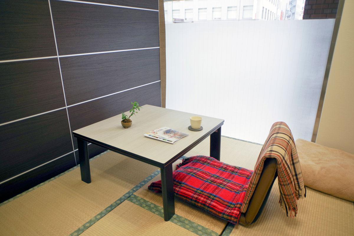 畳敷きの女性休憩室