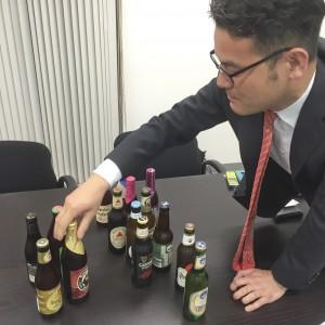 鮮やかにビールを仕分けるH谷氏の様子