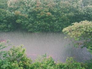 raining-828890_640