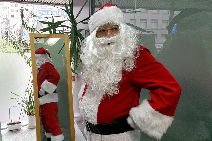 クリスマス サンタ衣装 仮想