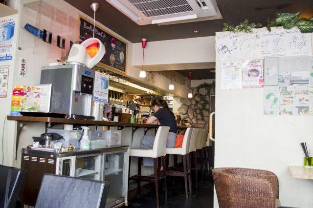 ブンブンブラウカフェ