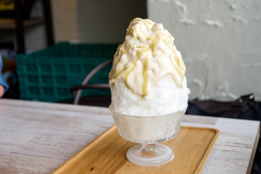 旗の台 ブンブンブラウカフェ かき氷 酒粕と麹甘酒のマスカルポーネソース